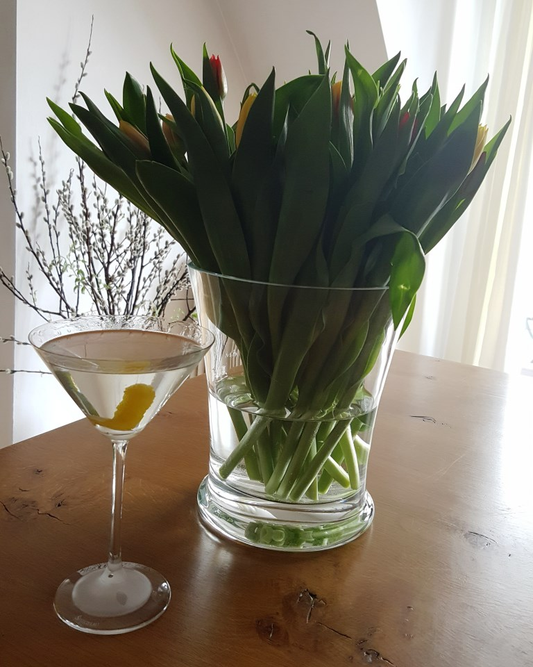 Heute mal ein Frühlings-tini. Schönes Wochenende!