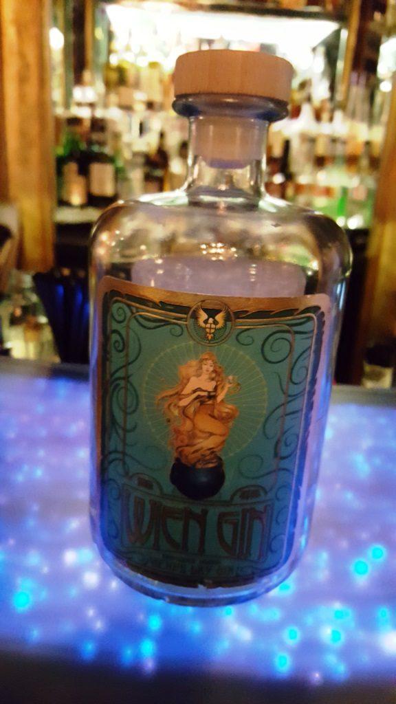 Es gibt jetzt auch einen Wien-Gin … sowas von überflüssig!