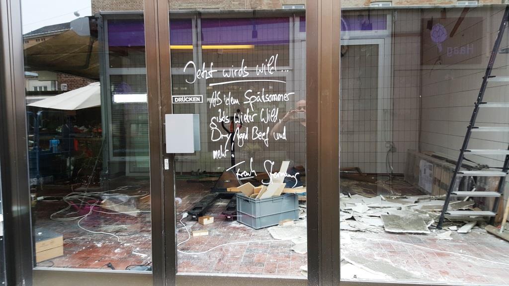 Hey, große Freude, Frank Stormann will ab Spätsommer den Wildladen auf dem Augsburger Stadtmarkt wieder aufmachen! Viel Erfolg, Frank!