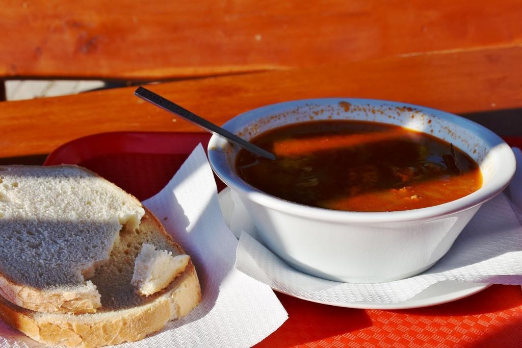 """Weiße oder """"serbische"""" Bohnensuppe"""
