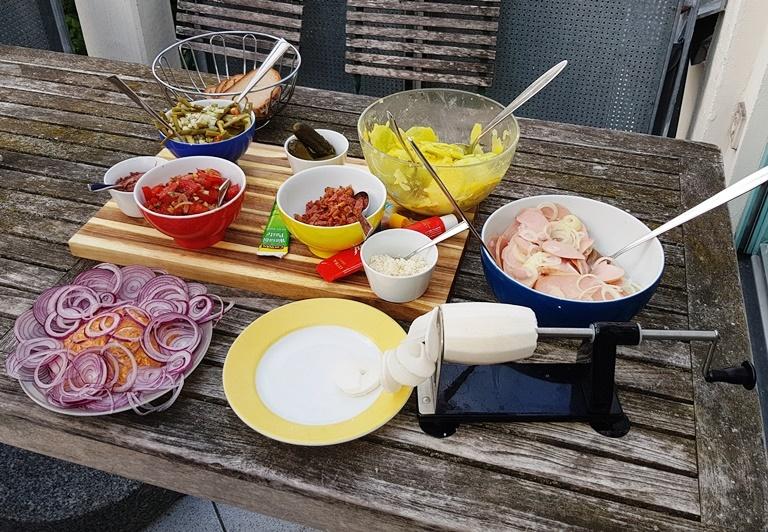 Radi, Rettich, Obatzder, Wurstsalat, Kartoffelsalat,