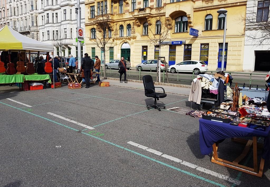 Es geht abwärts … in Wien am legendären Naschmarkt
