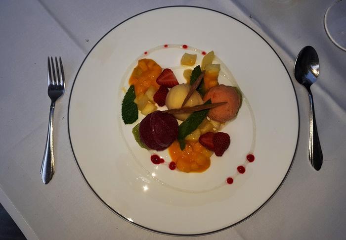 Ecke, Augsburg, Sorbet, Früchte