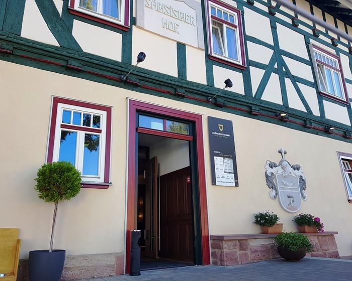 Rhoener Botschaft, Rhöner Botschaft, Sächsischer Hof, Saxenhof, Björn Leist, Ox, Wohnzimmer, Dermbach, Rhön