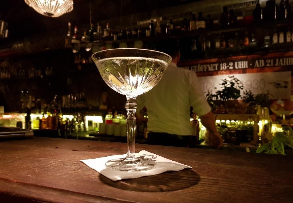 Schönes WE aus der (angeblich) größten Gin-Bar der Welt …