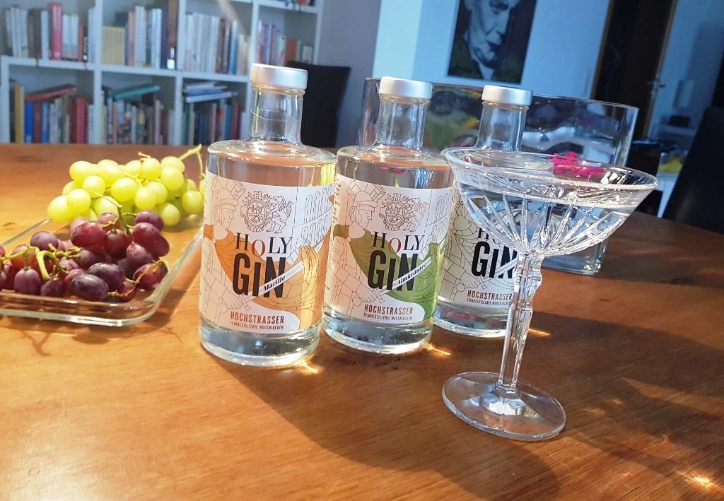Überflüssiges aus Mooskirchen: Holy Gin