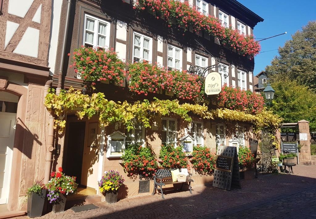 Zipf's Wein- und Gasthof Steuer und Steak Lounge Miltenberg