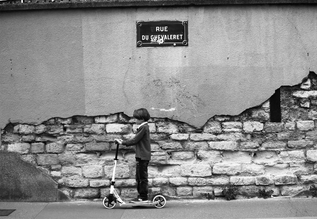 Marginalie 74: Kinder in Paris